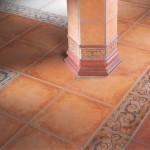 Напольная плитка – распространенный материал для отделки дома